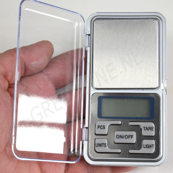 pocket-scale-handsize
